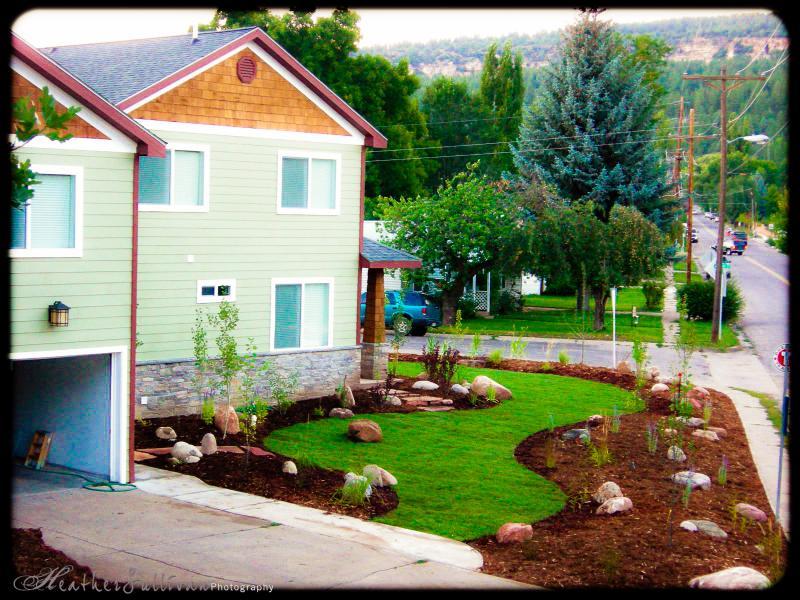 Studio Over Garage, 2008. Much larger/mature landscaping now. - Luxury In Town Durango, Large New Studio - Durango - rentals