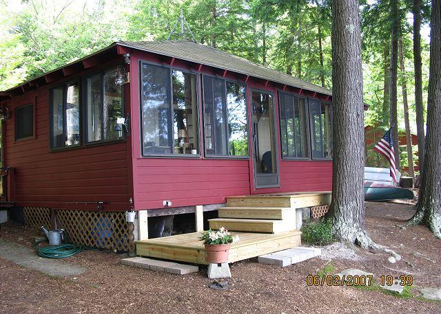 Ext - Seasonal Waterfront Cottage with Guest House on Lake Winnipesaukee (JOW266W) - Moultonborough - rentals