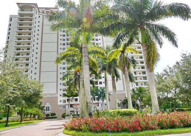 New Naples condo in heart of Paradise Coast, close to Marco Island - Image 1 - Naples - rentals