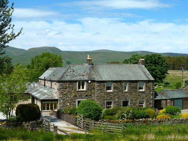 GREENBANK FARMHOUSE, Troutbeck, Nr Ullswater - Image 1 - Troutbeck - rentals