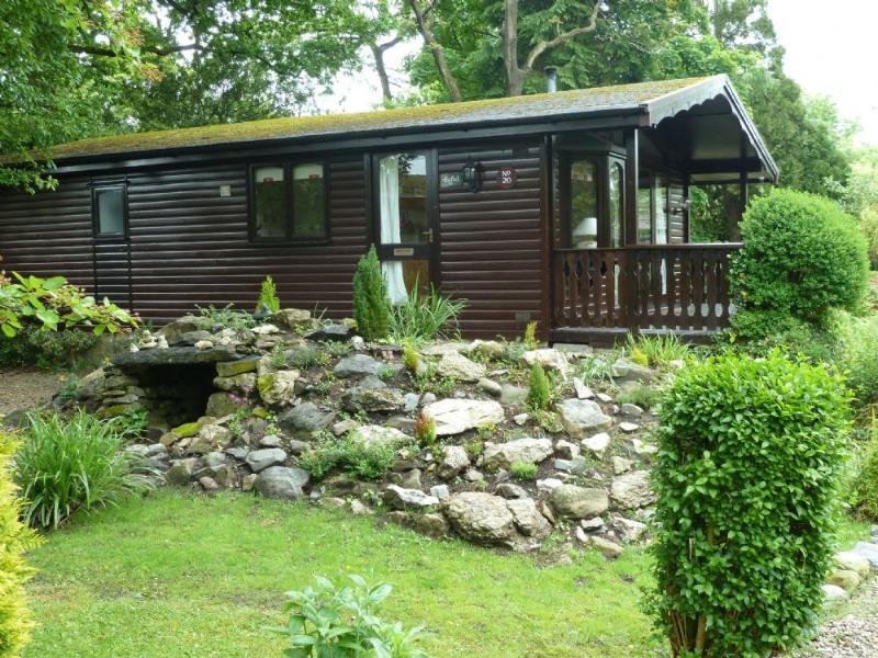 OLD WELL LODGE, Cartmel, South Lakes - Image 1 - Cartmel - rentals