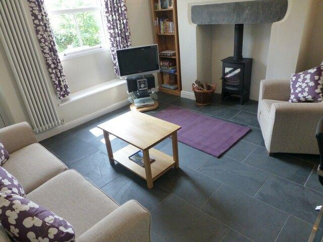 HEARTINGS COTTAGE, Ambleside - Image 1 - Ambleside - rentals