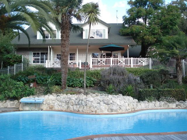 Havelock House from the pool - Havelock House - Havelock North - rentals