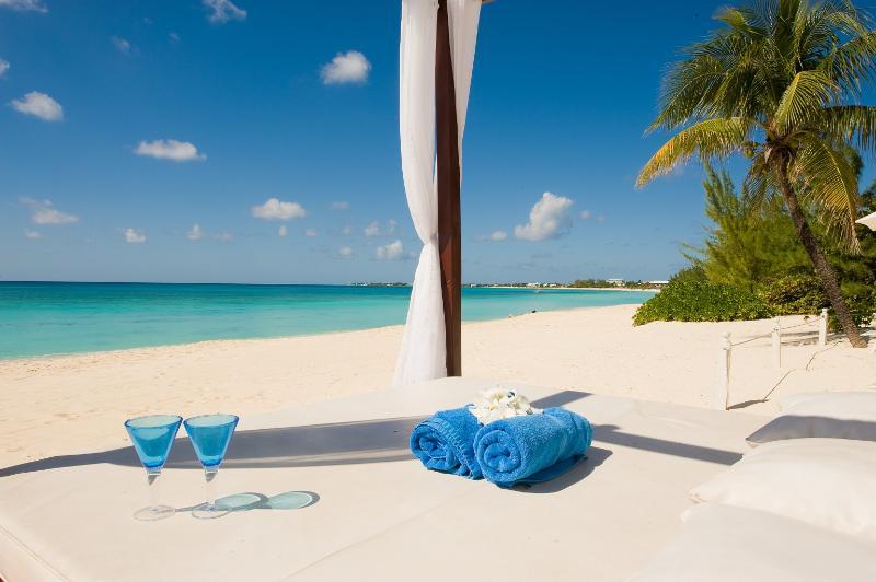 Coral Reef - Image 1 - Seven Mile Beach - rentals
