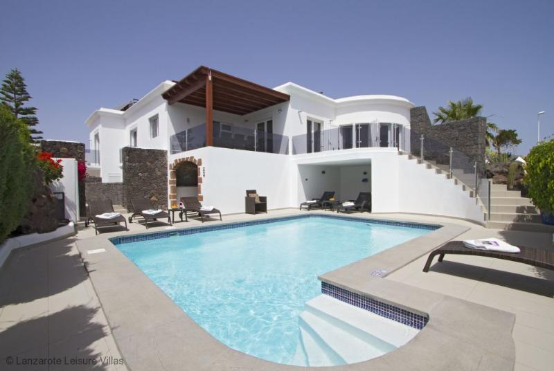 Villa Roma - Image 1 - Lanzarote - rentals