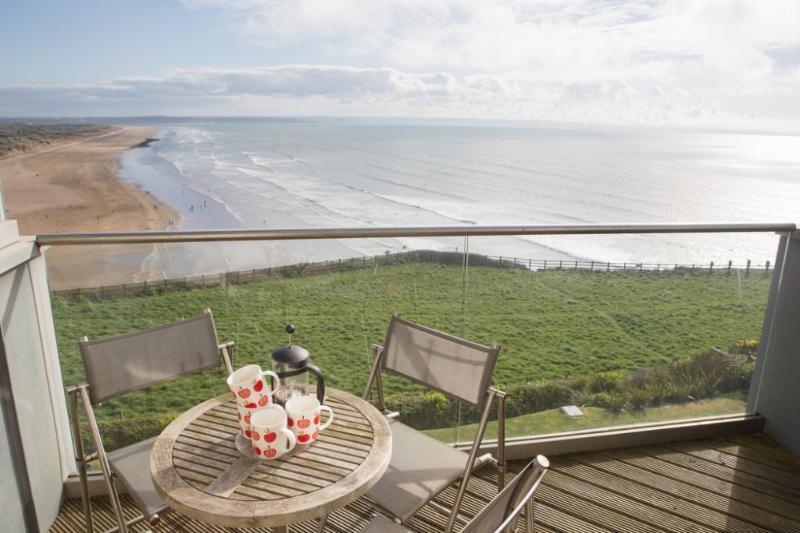 12 Ocean Point Penthouse - Image 1 - Saunton - rentals