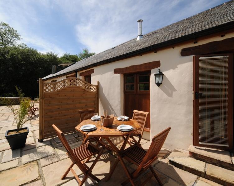 The Smithy, Park Mill Farm located in Chulmleigh, Devon - Image 1 - Chulmleigh - rentals