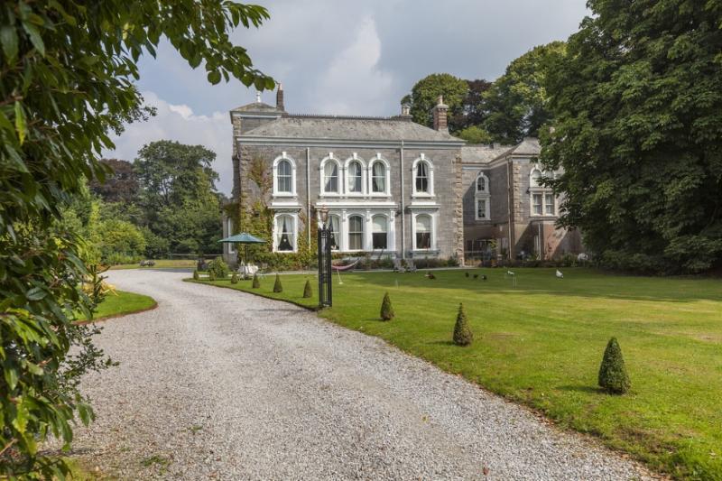 Stowford Manor - Stowford Manor located in Salcombe & South Hams, Devon - Image 1 - Ivybridge - rentals