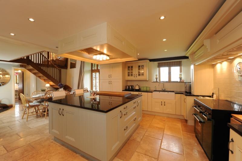 Mole Hall - Image 1 - Bideford - rentals