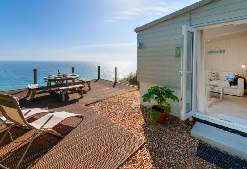 The Dell located in Whitsand Bay & Downderry, Cornwall - Image 1 - Millbrook - rentals