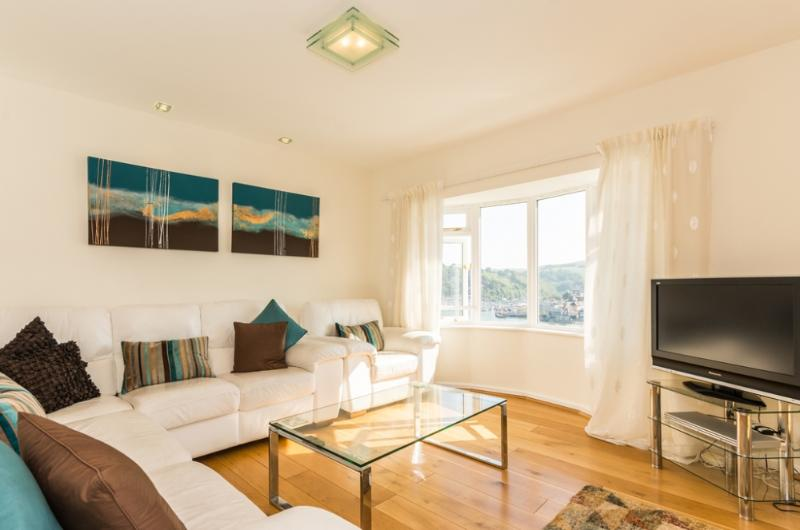 Dartwood located in Dartmouth, Devon - Image 1 - Dartmouth - rentals