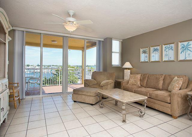Pelican Landing Florida Retreat - Image 1 - World - rentals