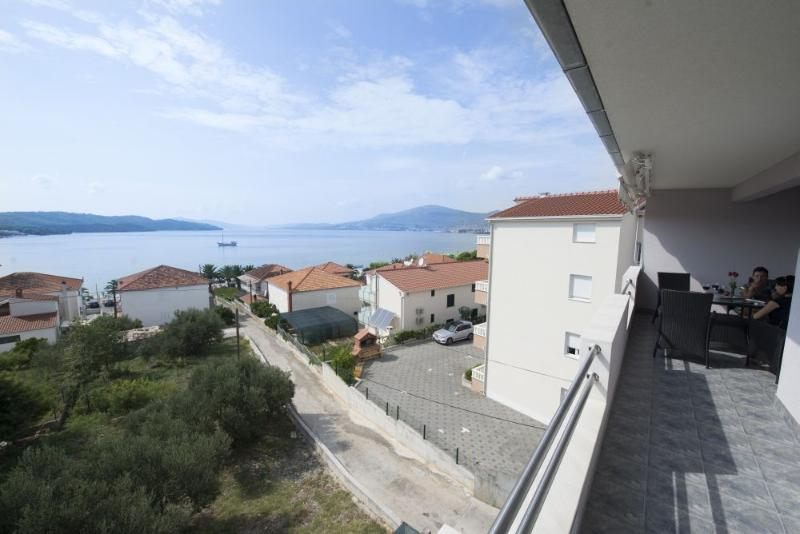 A4(6): terrace view - 6013 A4(6) - Okrug Gornji - Okrug Gornji - rentals