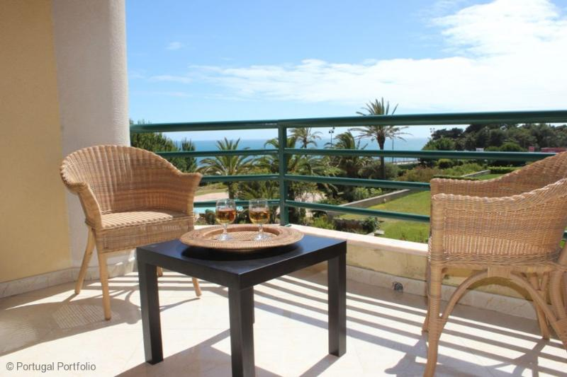 Ocean Eight - Holiday Apartment With Shared Pool - Image 1 - Cascais - rentals