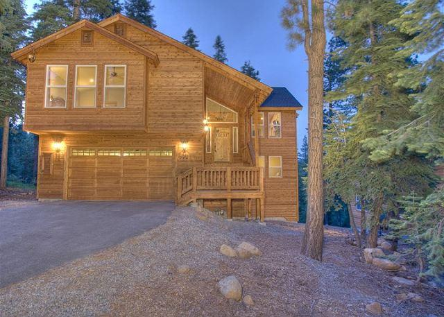 Front Exterior - Ridgeline - Spacious 4 BR with Hot Tub & Peek Lake Views - 10% off in AUG! - Carnelian Bay - rentals