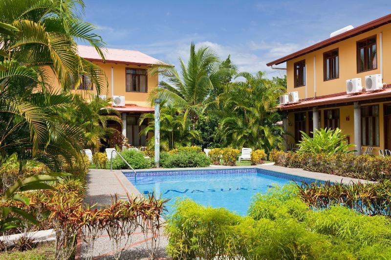 Villa Nasua garden overview - Best Kept Secret-Villa Nasua condo--3BR max. 6 - Jaco - rentals