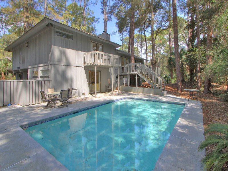 Pool at 10 Wren - 10 Wren - Sea Pines - rentals