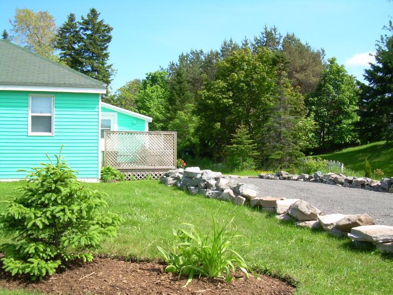 Sunny Deck with Rock Bordered Driveway - Antigonish Towne Cottage located in Antigonish NS - Antigonish - rentals