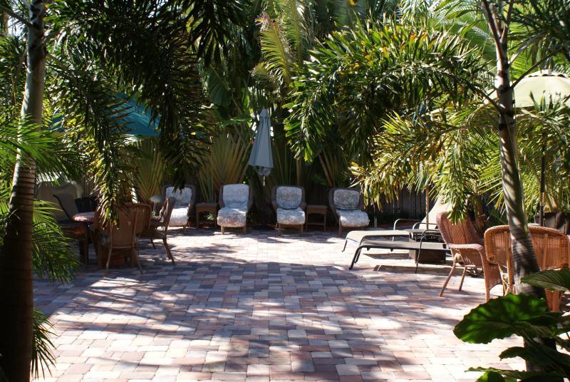 Atlantic Shores Vacation Rentals - Image 1 - Palm Beach Shores - rentals