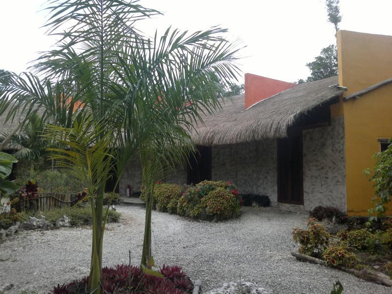 Habitaciones. - Preciosa Villa con Cenote en medio de la selva en - Puerto Morelos - rentals
