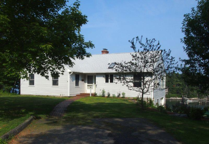 Merwick Cottage  - MERWICK COTTAGE | FIVE ISLANDS | GEORGETOWN, MAINE | WATER-FRONT| OCEAN VIEWS & ACCESS | PRIVATE DOCK & FLOAT - Boothbay - rentals