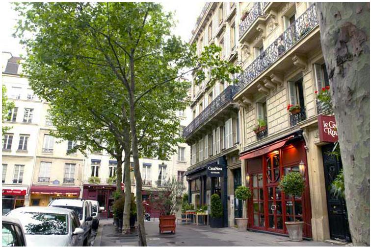 A Romantic apartment one block from the Seine - Image 1 - Paris - rentals