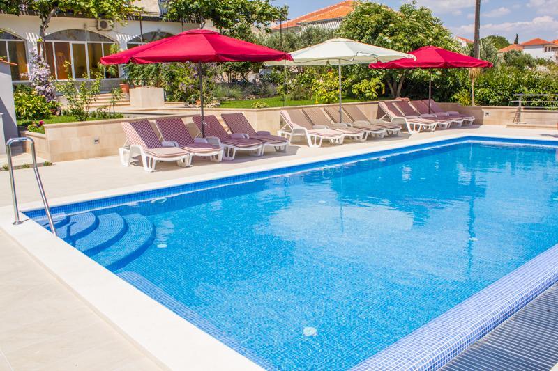 Apartments Soric A7(b) - Image 1 - Seget Donji-Vranjic - rentals
