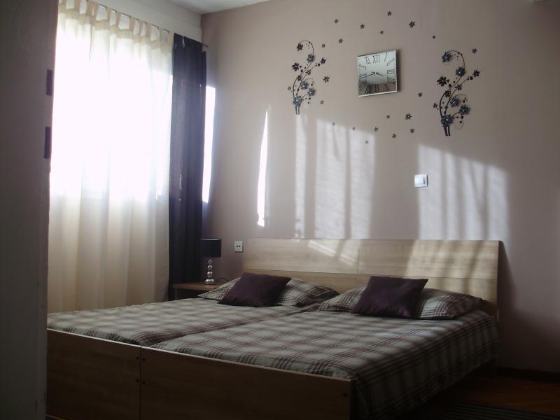 Apartment Vuksic - Image 1 - Split - rentals