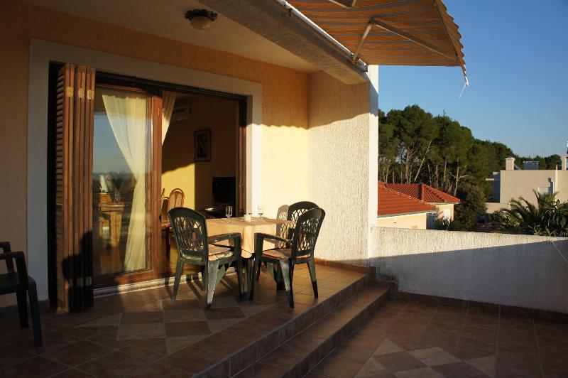 A2(3+1): terrace - 2598 A2(3+1) - Susica - Susica - rentals