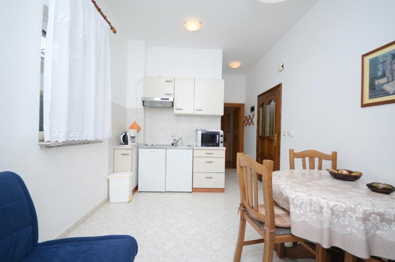 Apartments Bruna - 43501-A2 - Image 1 - Porec - rentals