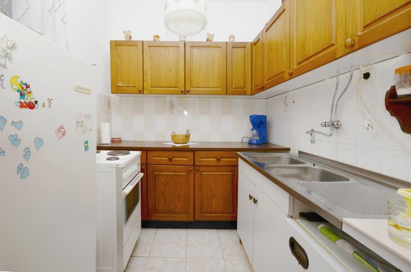 Apartments Tugomila - 60671-A2 - Image 1 - Barbat - rentals
