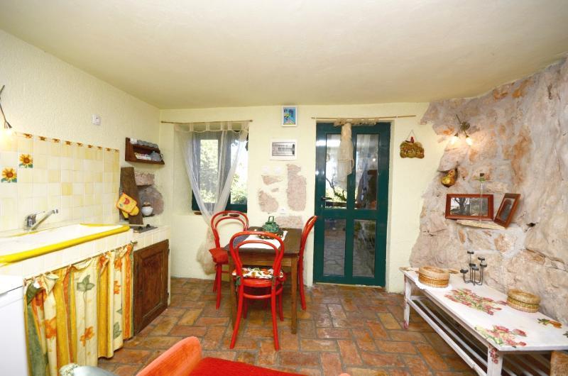 Apartment Filipaši - 61093-A1 - Image 1 - Brsec - rentals