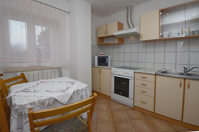 House Marjan - 61741-K1 - Image 1 - Icici - rentals