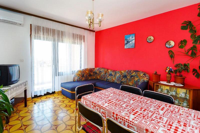 Apartments Ivanka - 63031-A1 - Image 1 - Krk - rentals