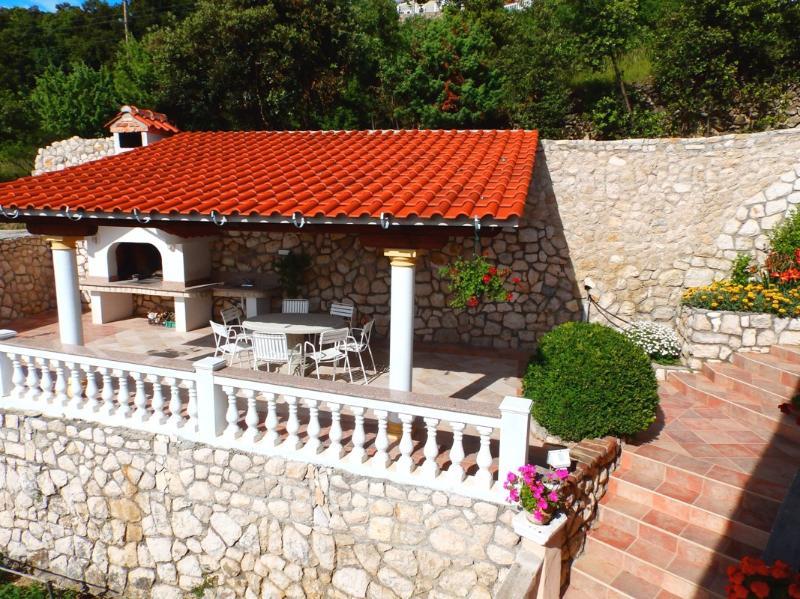 Apartments Ljubica - 68671-A3 - Image 1 - Kampor - rentals
