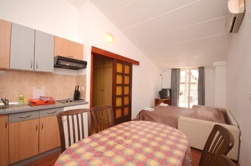 Apartments Romano - 70661-A2 - Image 1 - Rovinj - rentals