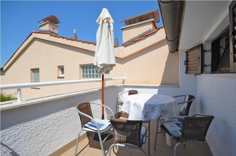 Apartments Čugurović - 70571-A3 - Image 1 - Fazana - rentals