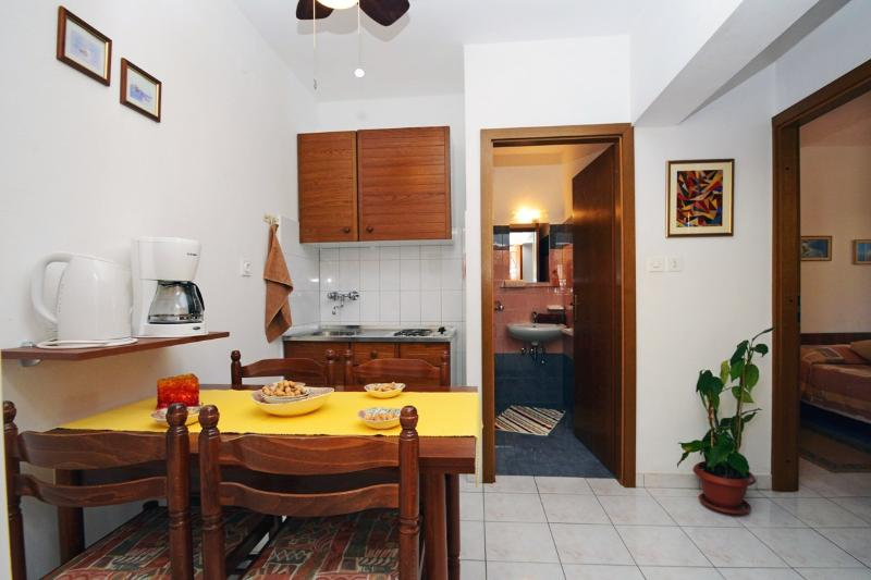 Apartments Adriana - 71341-A1 - Image 1 - Rabac - rentals