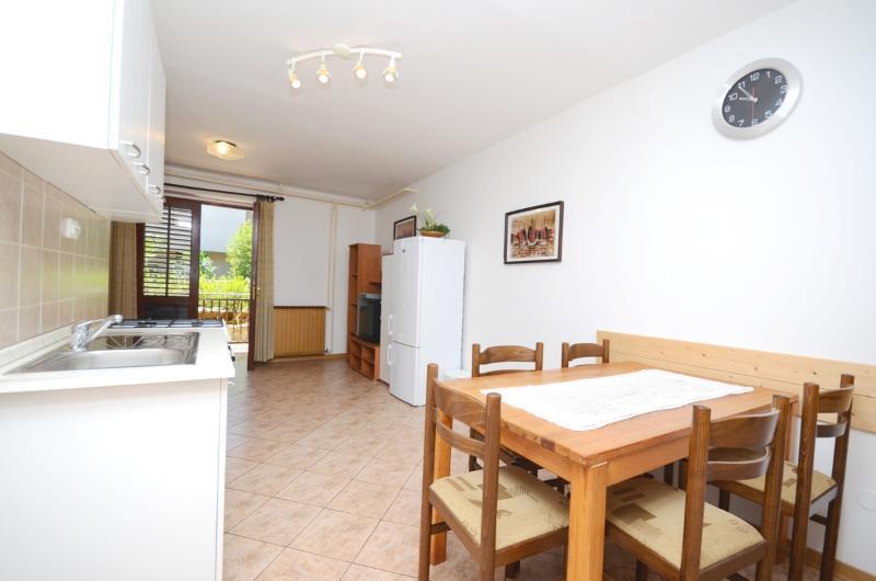 Apartments Neda - 72551-A3 - Image 1 - Novigrad - rentals