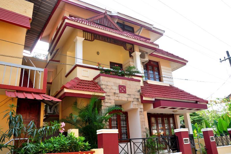 Micky Villa Front View - Mickyvillahomestay - Kochi - rentals