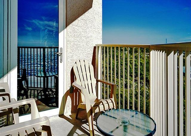 BEACHFRONT BEAUTY FOR 6! GREAT VIEWS! OPEN 8/15-22! NOW 15% OFF! - Image 1 - Destin - rentals