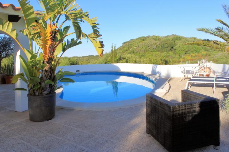 Lovely villa with 3 beautiful bedrooms and swimming pool - Image 1 - Minorca - rentals