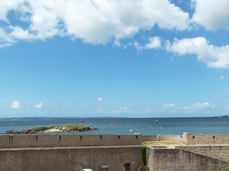 Modern apartment in Port-Louis, Bretagne, with a balcony and view of the Ile de Groix - Image 1 - Port-Louis - rentals