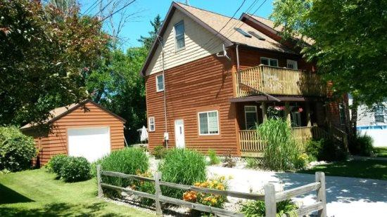 Front of house - Cedar Haven Cottage - South Haven - rentals
