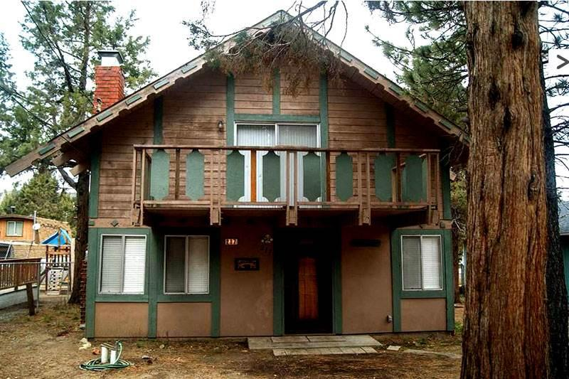 Family, Friends & Fun ($179/nt SPECIAL)  #1430 - Image 1 - Big Bear City - rentals