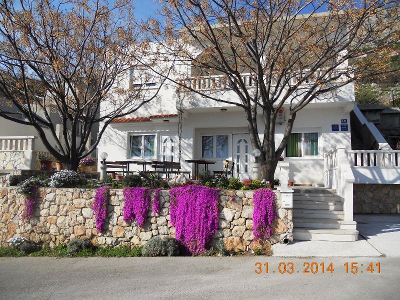 house - 35338  A2(2+2) - Celina Zavode - Stanici - rentals