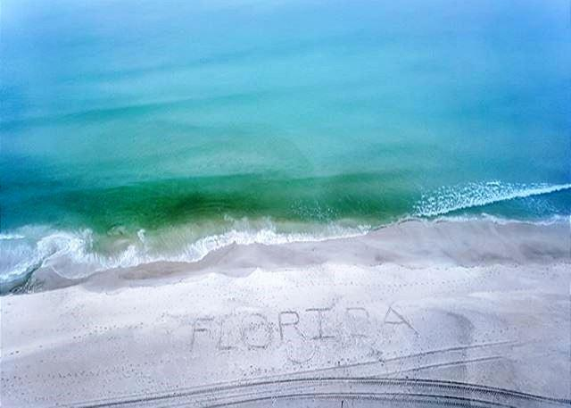 Beachfront for 6! Great view & D�cor! Open 3/15-21 Only! - Image 1 - Panama City Beach - rentals