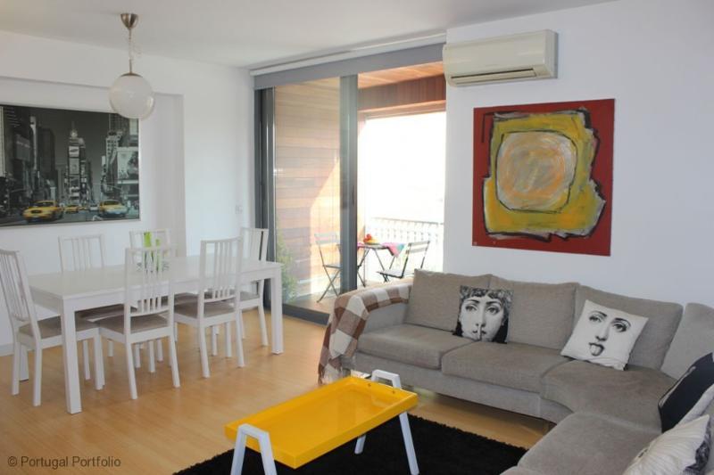 Valbom - Apartment Rental in Cascais Centre - Image 1 - Cascais - rentals