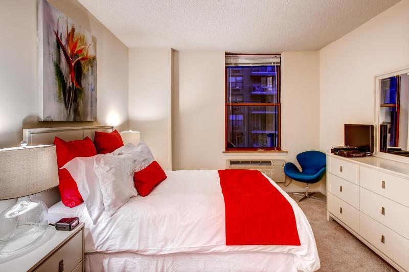 Bedroom - Lux Hoboken 1BR, minutes from NYC - Hoboken - rentals