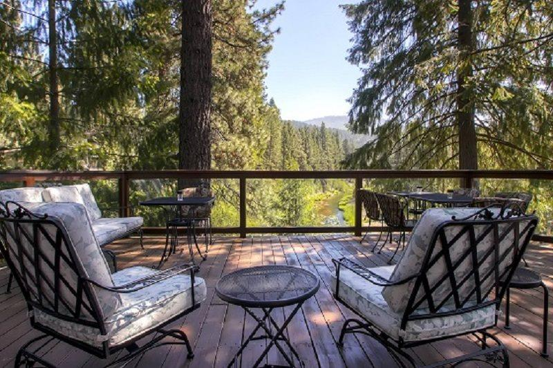 #306 SEQUOIA Gorgeous home overlooking the Feather River $260.00 - $295.00 BASED ON 4 PERSON OCCUPANCY AND NUMBER OF NIGHTS (plus county tax, SDI, and processing fee) - Image 1 - Plumas County - rentals